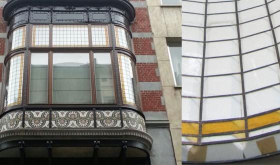 Vitraliu curb pentru balcon